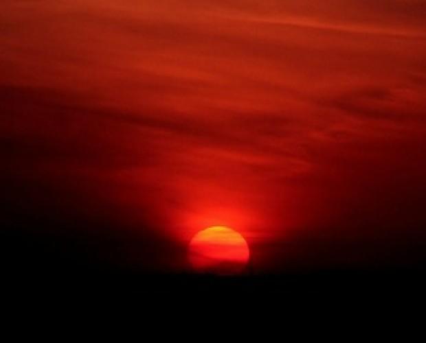 Κόκκινος ήλιος